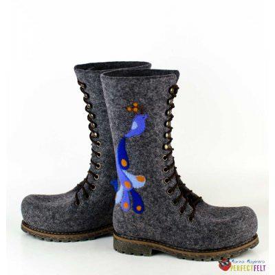 Высокие ботинки на шнуровке женские из войлока с птичками