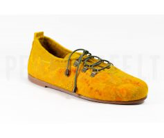 Летние офисные туфли женские на низком каблуке желтые